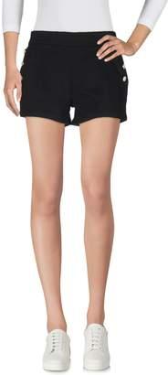 Molly Bracken Shorts - Item 36994092UT