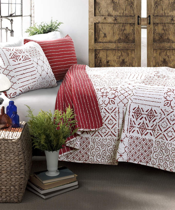 Red Monique Three-Piece Cotton Quilt Set