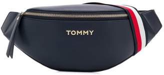 Tommy Hilfiger (トミー ヒルフィガー) - Tommy Hilfiger ロゴ ベルトバッグ