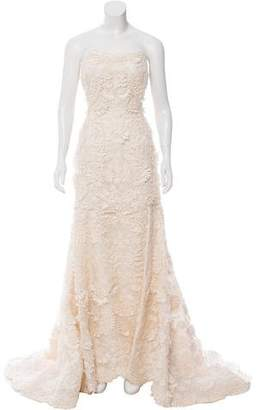 Oscar de la Renta Embellished Wedding Gown $3,400 thestylecure.com