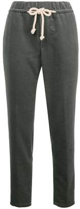 Closed corduroy tapered trousers