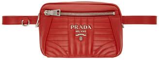 Prada (プラダ) - Prada レッド キルト ダイアグラム ベルト バッグ