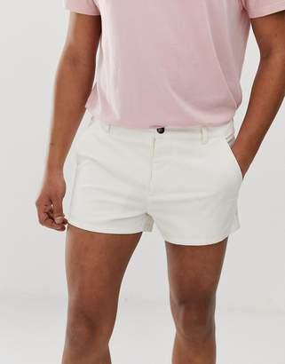 Asos Design DESIGN skinny shorter chino shorts in off white
