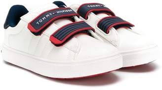 Tommy Hilfiger (トミー ヒルフィガー) - Tommy Hilfiger Junior logo touch strap sneakers