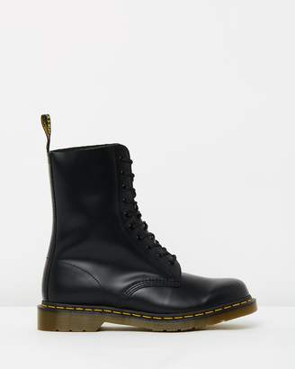 Dr. Martens 1490 10 Eye Lace-Up Boots - Unisex