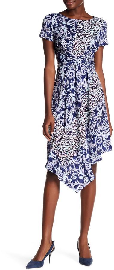BCBGMAXAZRIABCBGMAXAZRIA Stretch Knit Faux Wrap Dress