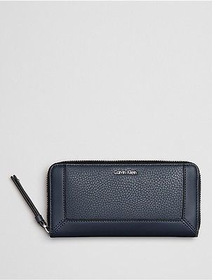 Calvin Klein Calvin Klein Womens Pebble Large Zip Wallet Ombre Blue
