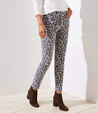 LOFT Curvy Skinny Jeans in Leopard Print