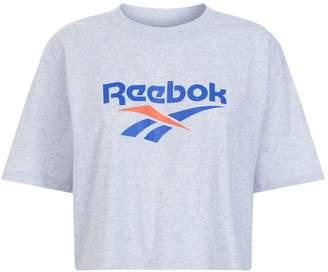 Reebok Cropped Logo T-Shirt