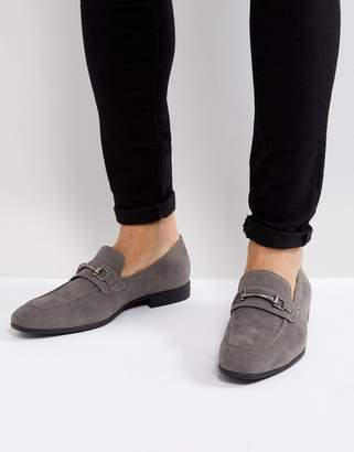 Asos Design DESIGN loafers in gray faux suede with snaffle detail