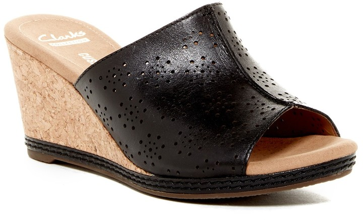 Clarks Clarks Helio Corridor Perforated Leather Wedge
