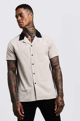 boohoo Revere Short Sleeve Shirt With Contrast Collar