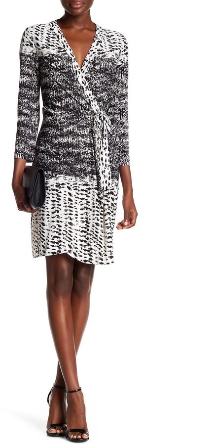 BCBGMAXAZRIABCBGMAXAZRIA 'Adele' Print Jersey Wrap Dress