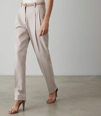Reiss Our last order date for Christmas has now passed ESME PLEAT FRONT TAPERED TROUSERS Clay