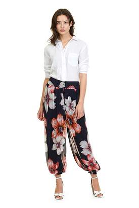 Country Road Lily Print Genie Pant