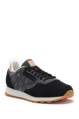 Reebok Classic EBK Contrast Suede Sneaker