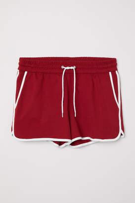 H&M Sweatshorts - Red