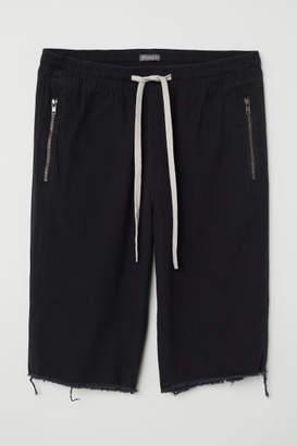 H&M Knee-length Twill Shorts - Black