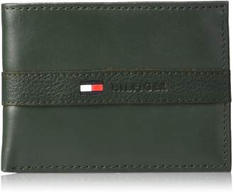 Tommy Hilfiger Men's RFID Blocking 100% Leather Ranger Passcase Wallet Accessory