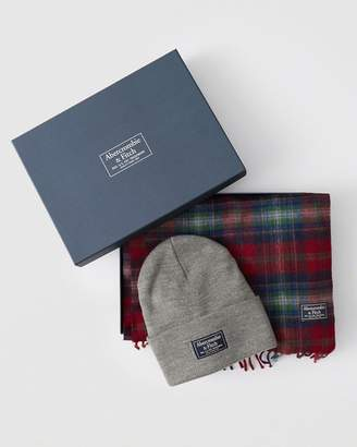 Abercrombie & Fitch Scarf & Beanie Gift Set