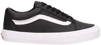 Vans Old Skool Lx Sneakers In Black Leather