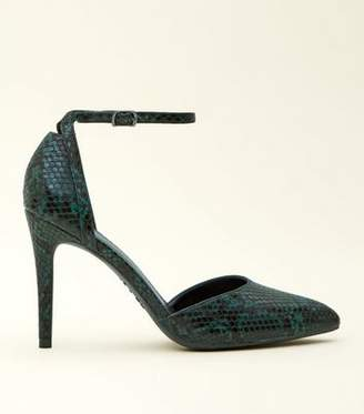New Look Green Faux Snakeskin Two Part Pointed Courts