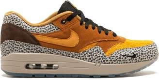 Nike 1 Premium QS sneakers
