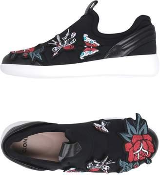 Clone Sneakers
