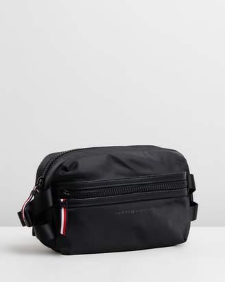 31e3a9dd4 Tommy Hilfiger Bags For Men - ShopStyle Australia