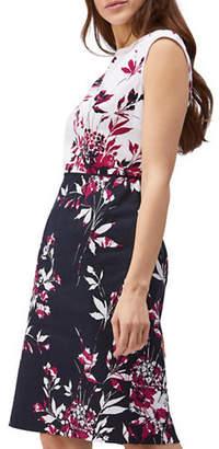 Precis Petite Shadow Leaf-Print Shift Dress
