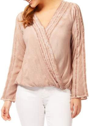 Dex Crochet Long-Sleeve Blouse