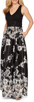 BLU SAGE Blu Sage Sleeveless Floral Evening Gown