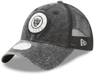 New Era Women's Oakland Raiders Perfect Patch 9TWENTY Snapback Cap