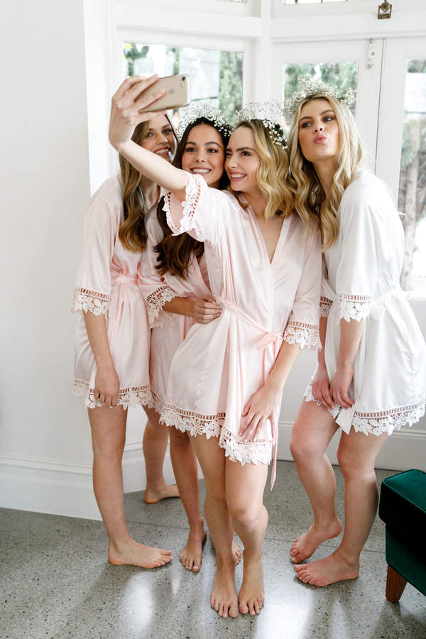 Etsy Set of 5 Bridesmaid Robes // Robe // Bridal Robe // Bride Robe // Bridal Party Robes // Bridesmaid G