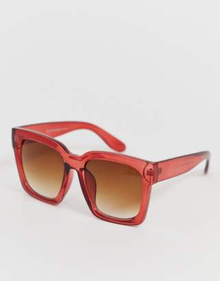 6b2e3154d9 New Look oversized 70s sunglasses in red