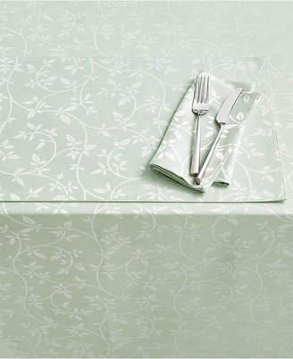 "Homewear Belfort Leaves Green 104"" Tablecloth"