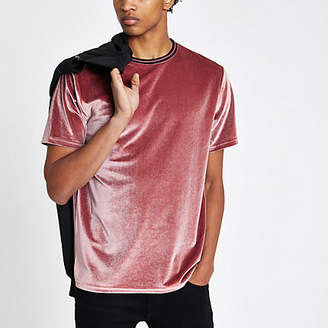 River Island Mens Pink tipped crew neck velour T-shirt