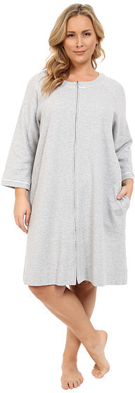 Carole HochmanCarole Hochman Plus Size Short Waffle Knit Zip Robe