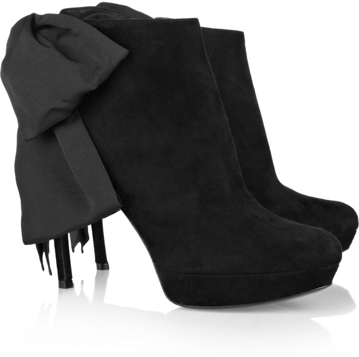 Alexander McQueen Bow-embellished suede boots