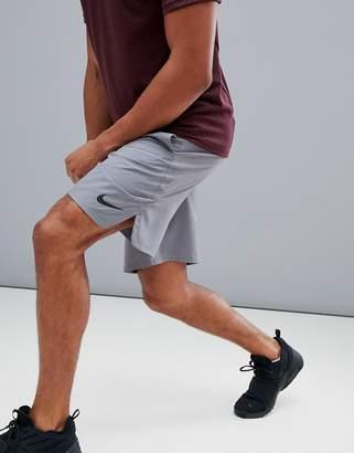 Nike Training Flex 2.0 Shorts In grey