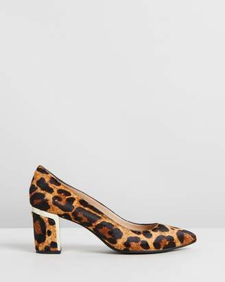 DKNY Elie Pumps
