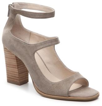 Seychelles Solemn Sandal $120 thestylecure.com