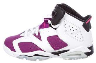Nike Jordan Boys' 6 Grapes Retro Gg Sneakers