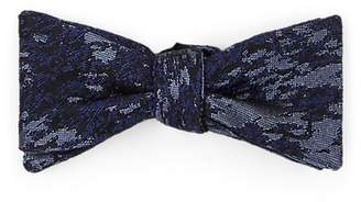 Title of Work Men's Brushstroke-Pattern Silk-Blend Brocade Bow Tie - Purple