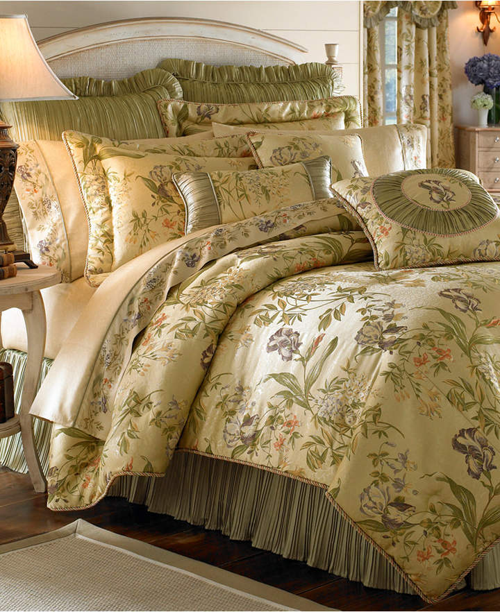 CroscillCroscill Iris King Comforter Set