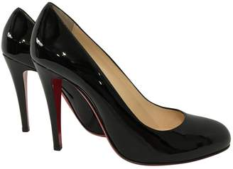 Christian Louboutin SImple pump patent leather heels