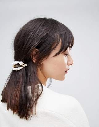 Asos Design DESIGN barette hair clip with faux freshwater pearls in gold