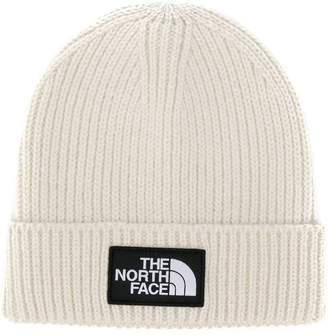 The North Face logo patch knitted beanie