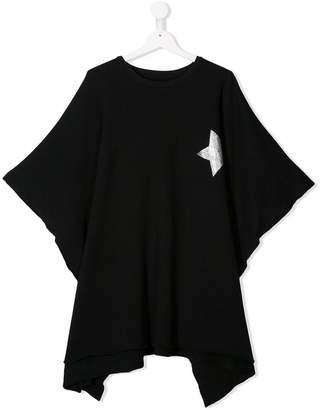 Nununu star patch oversized top