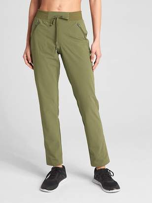 Gap GapFit Performance Pants in Trek Ripstop